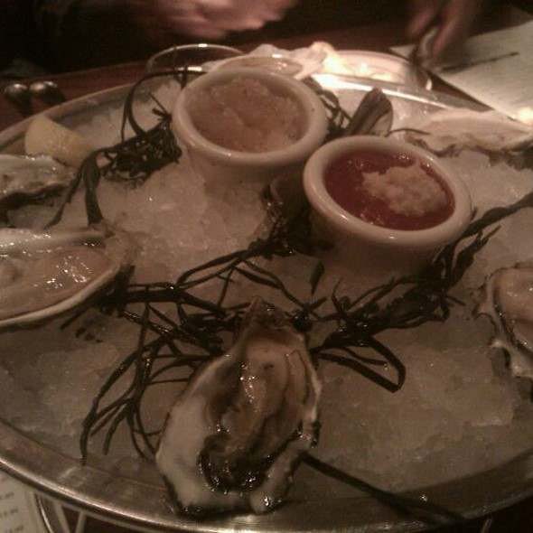 Oyster Sampler @ Shaw's Crab House