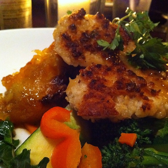 Macadamia Crusted Halibut @ Old Fisherman's Grotto