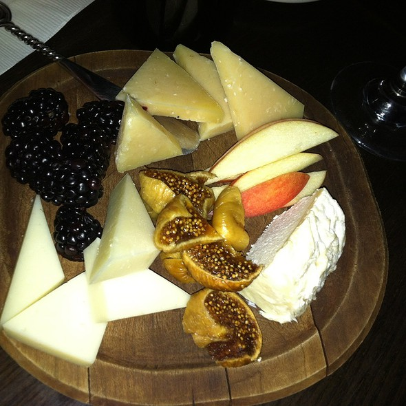 Cheese! @ The Immigrant