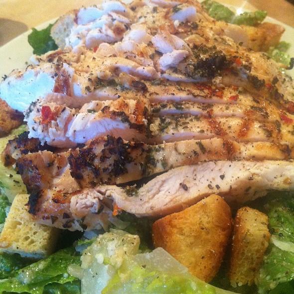 Fresh Grilled Chicken Ceasar @ Pasta Pomodoro