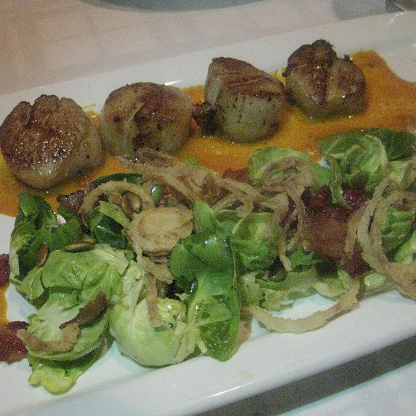 Pan Roasted Scallops - Hugo's Frog Bar & Fish House - Naperville, Naperville, IL