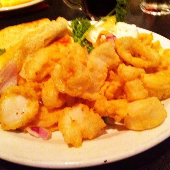 Appetizer Calamari @ Best Neighbours Restaurant & Pizza House The