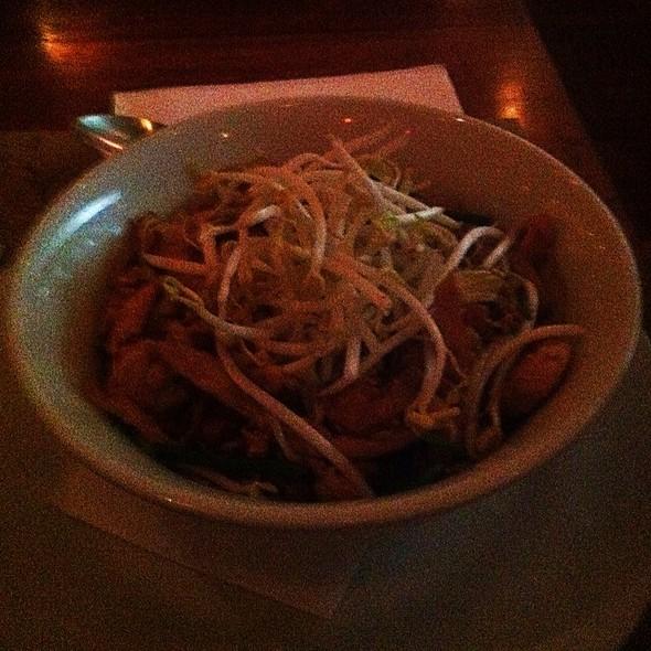 Pad Thai @ Mestiço Restaurante e Bar