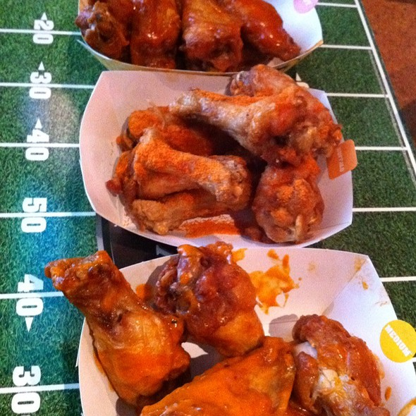 Buffalo Wings @ Buffalo Wild Wings Grill & Bar