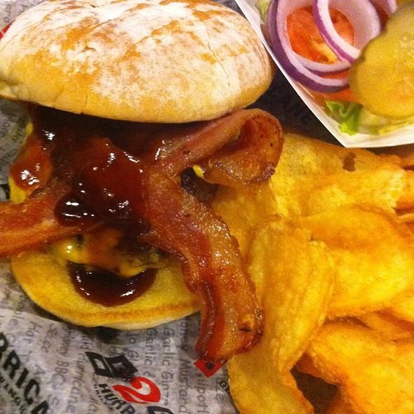 BBQ Bacon Cheeseburger  @ Hurricane Grill & Wings