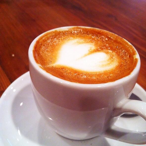 Macchiato @ Elixr Coffee