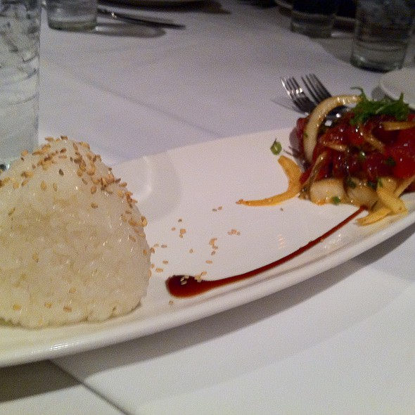 ahi poke @ Roy's Restaurant