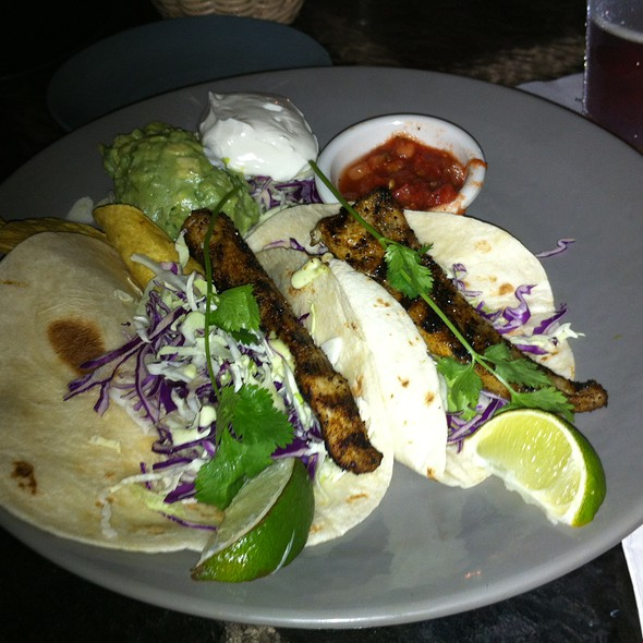 fish tacos @ Duke's Canoe Club Waikiki