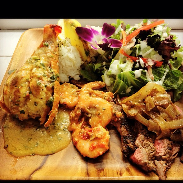 Big Boy: Lobster, Steak, Shrimp @ Blue Water Shrimp & Seafood Co
