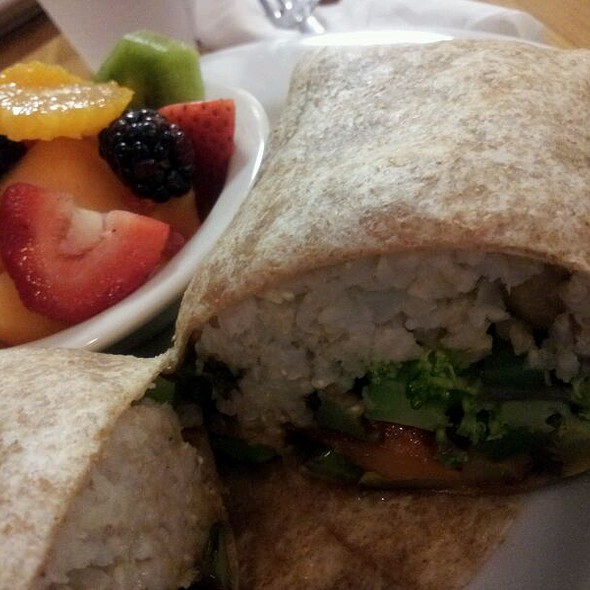 Spicy Ginger Wrap @ Swami's Cafe La Mesa
