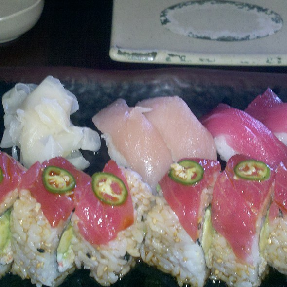 Cathedral City Roll, albacore, tuna @ Joe's Sushi Shabu Shabu