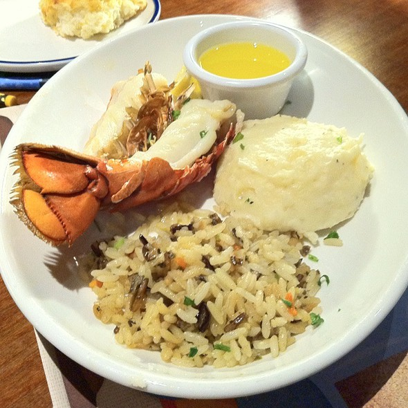 Petite Lobster Tail With Rice Pilaf & Mashed Potato