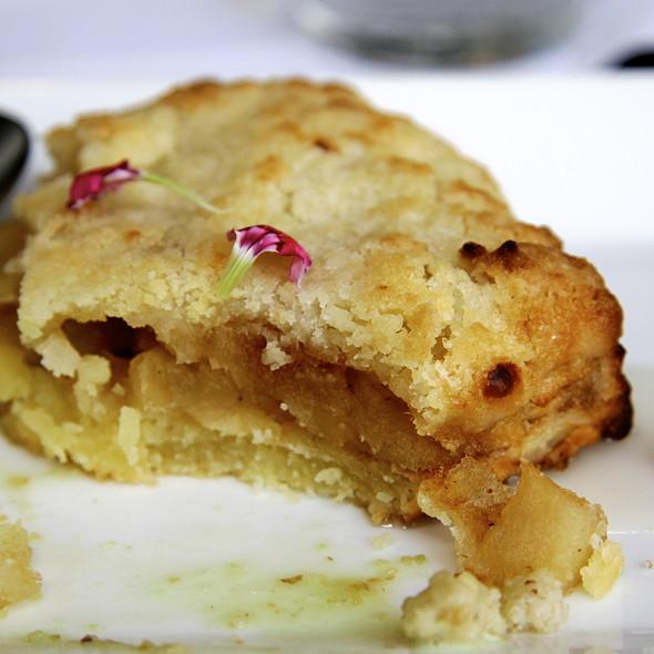 Apple Pie @ Hernán Gipponi Restaurant