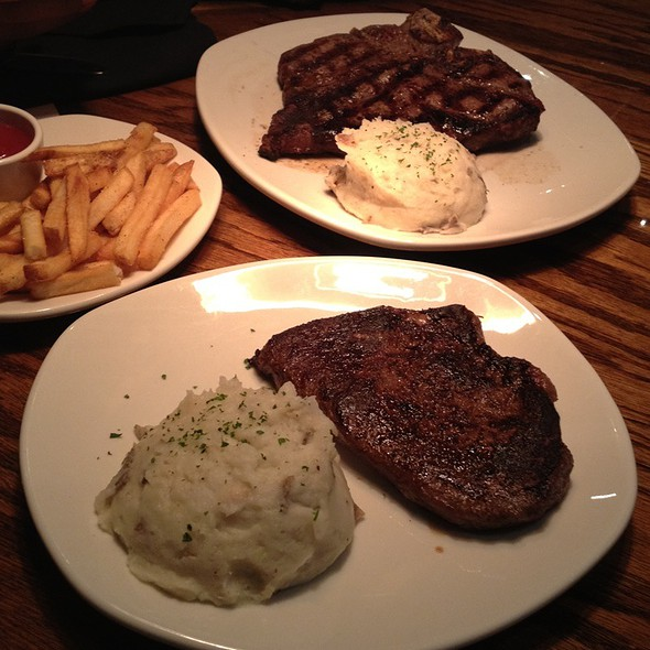 porterhouse steak @ Outback Steakhouse