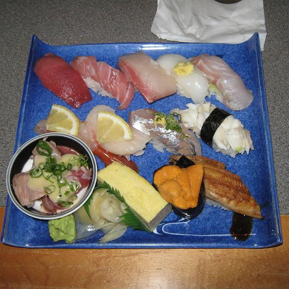 Nigiri Sushi @ Maguro Ya
