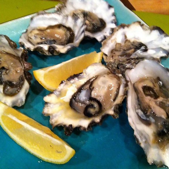 Fanny Bay Oysters On The Half Shell @ Whole Foods Market - Encinitas