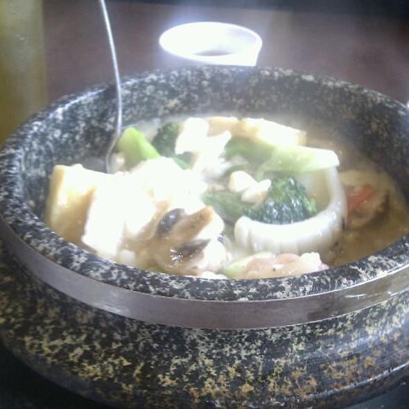 Seafood Hot Pot @ Ho Ho Seafood Restaurant