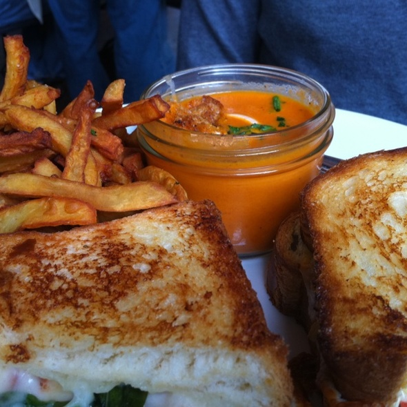 Tomato Soup & Grilled Cheese Sandwich""
