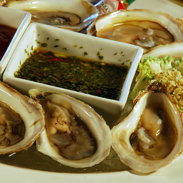 Oysters @ Salvatore's Italian Gardens