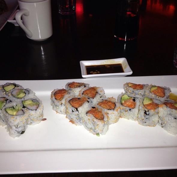 Sushi @ Kiraku