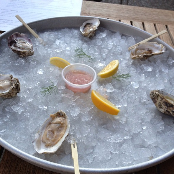 Oysters @ Domaine Chandon