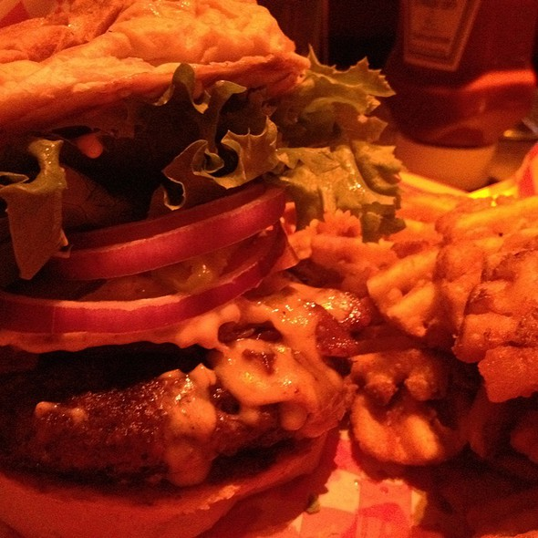 Chupacabra Burger @ The Jackalope