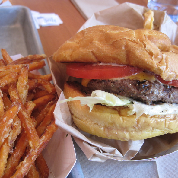 Cheeseburger with Sweet Potato Fries @ Gott's Roadside (Formerly Taylor's Automatic Refresher)