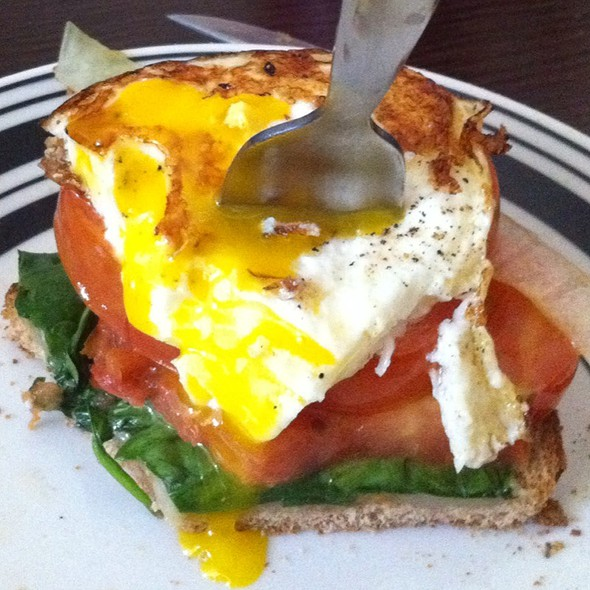 Egg Sandwich With Tomato, Spinach, Onion And Cheese @ My Kitchen