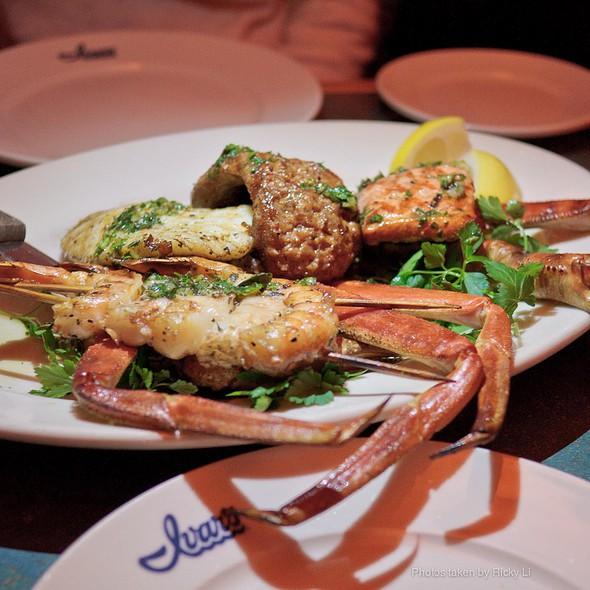 Seafood Platter @ Ivar's Salmon House