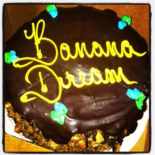 Toojays Banana Dream Cake