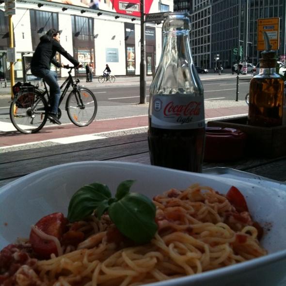 Spaghetti Pomodoro @ Vapiano
