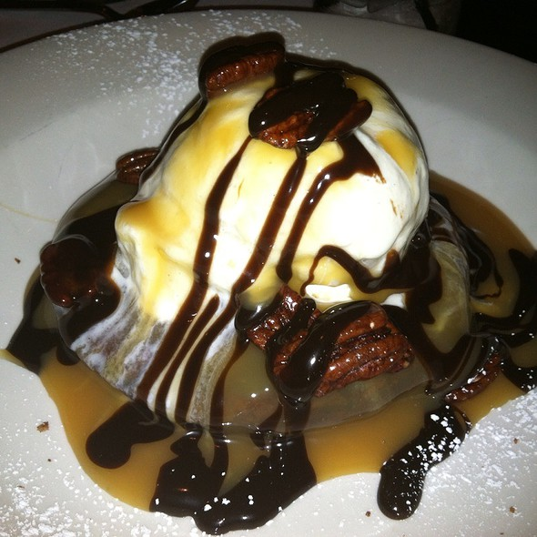 Godiva Chocolate Brownie Sundae - The Grill on Hollywood, Hollywood, CA