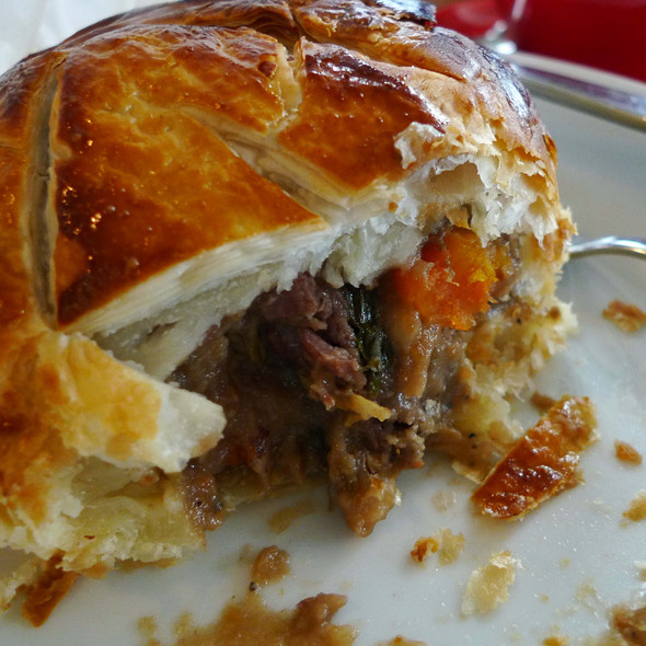 beef and Guinness pie @ The Fridge
