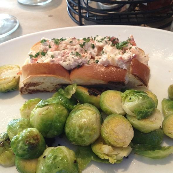 Lobster Roll (Sandwich) - Morgans Fish House, Rye, NY