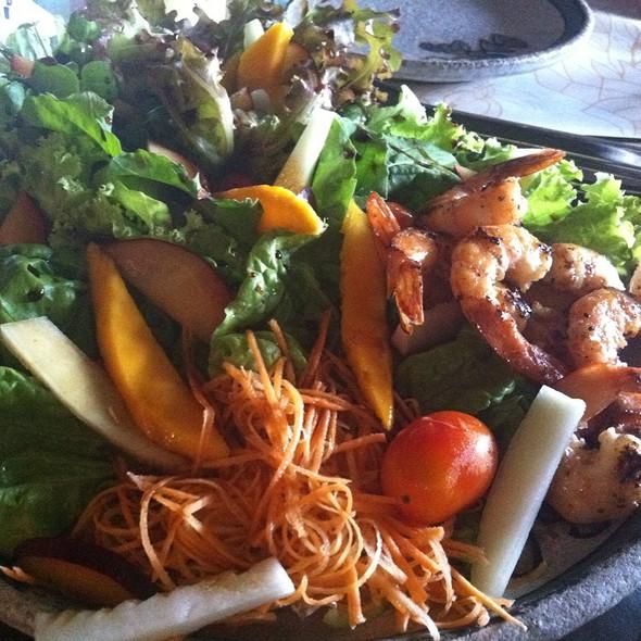 Salada de Camarão @ Oficina de Cerâmica Francisco Brennand S/A