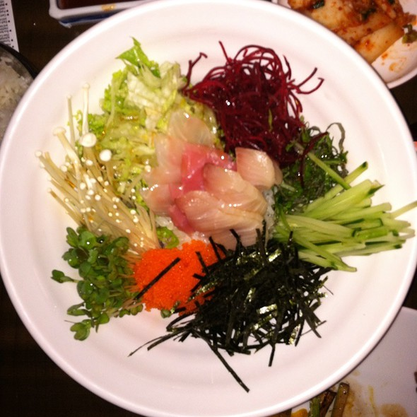 Sashimi Rice Bowl @ Ttowa