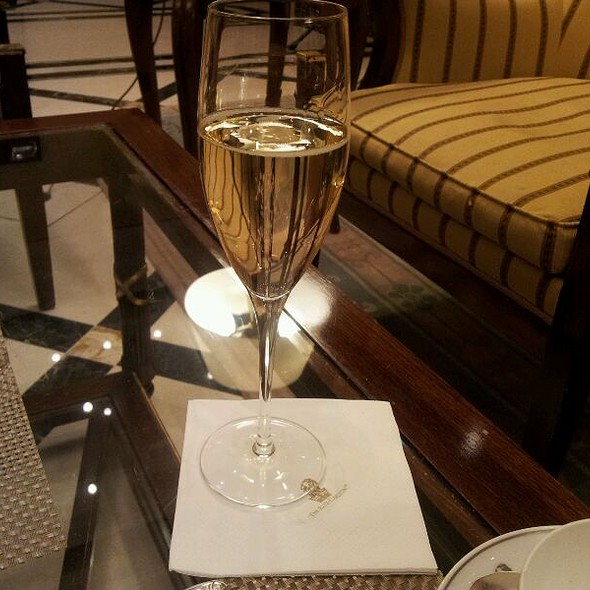 Moet Champagne @ The Ritz Carlton, Berlin