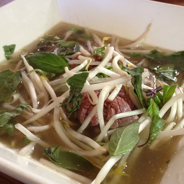 Beef Pho @ Nong Thon