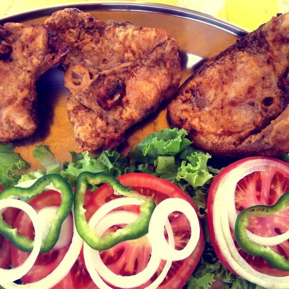 Peixe Frito (Dourado) @ Santa Cruz Cabrália, Bahia