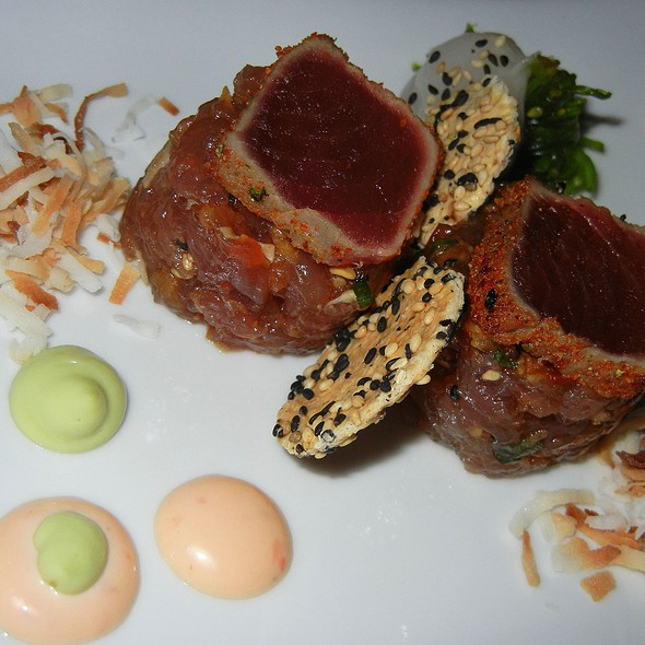 Ahi tuna - Crow's Nest - Hotel Captain Cook, Anchorage, AK