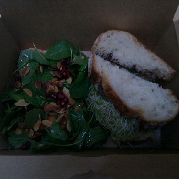 Spinach Salad @ Darwin Cafe