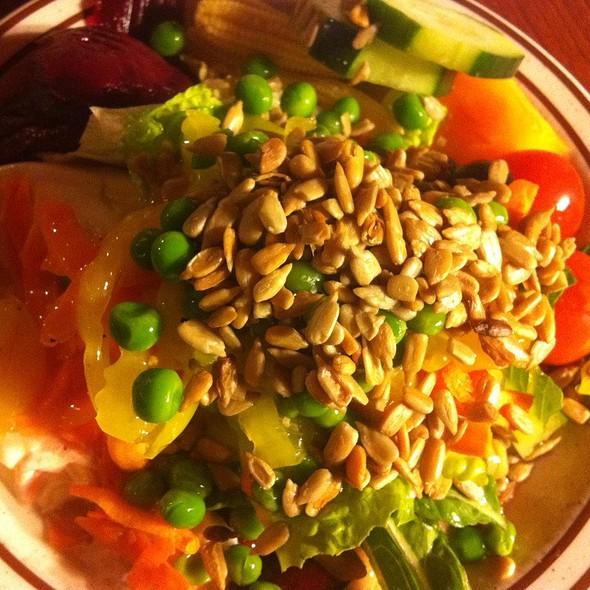Fresh Salad Bar @ Fast Eddy's Restaurant