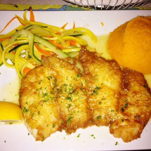 Lionfish @ The Fish House Encore Restaurant & Sushi Bar