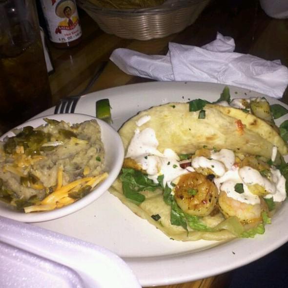 Lemon Grilled Shrimp Tacos @ Cabo Fish Taco