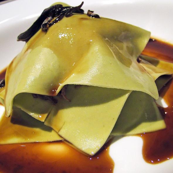 Ravioli aperti di coda  @ Restaurante Vito