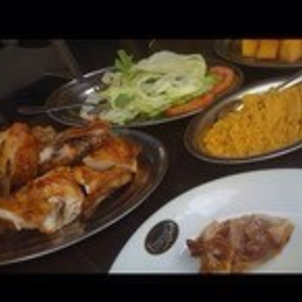 Grilled Chicken @ Frangó