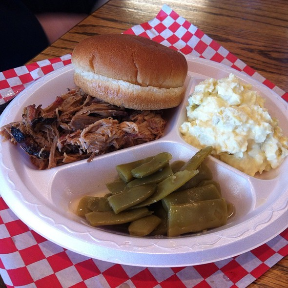 Pork Plate @ Hometown Barbeque