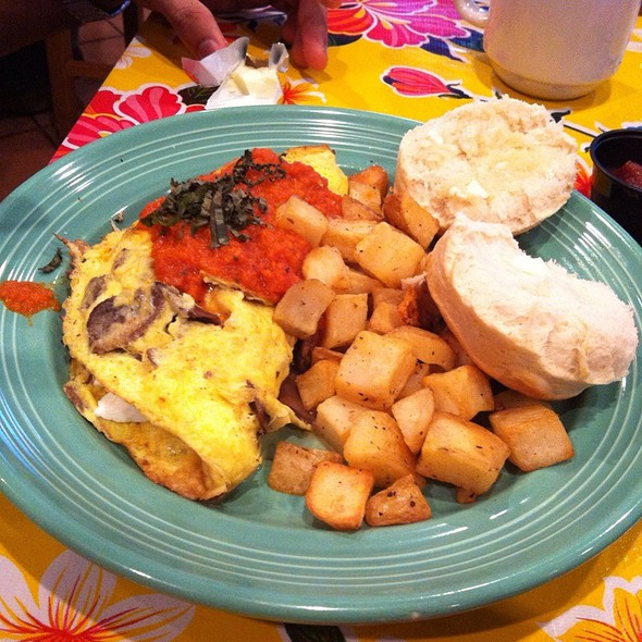 Clifton Omelette @ The Flying Biscuit Cafe