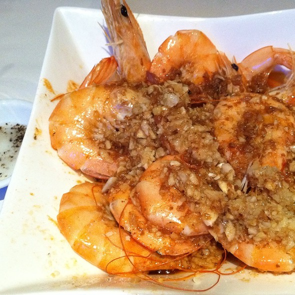 1 Lb Shrimp   Spicy   Garlic Butter Seasoning @ Red Crawfish