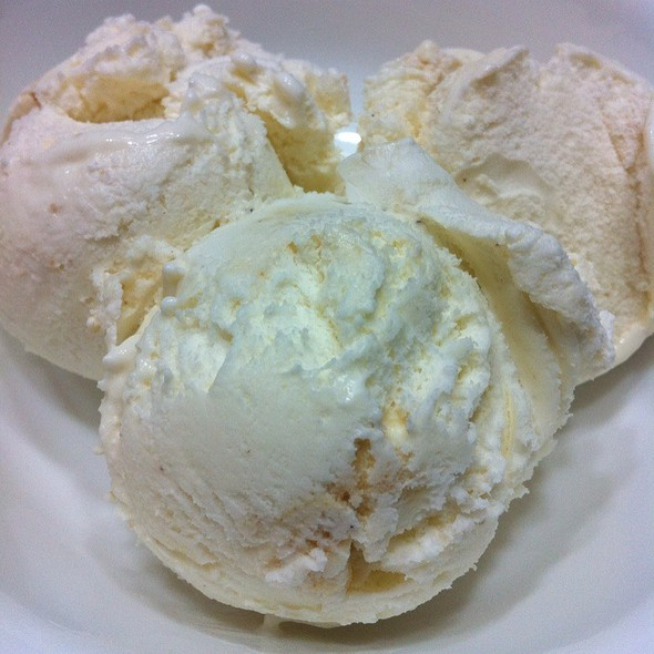 Toasted Marshmallow Ice-Cream